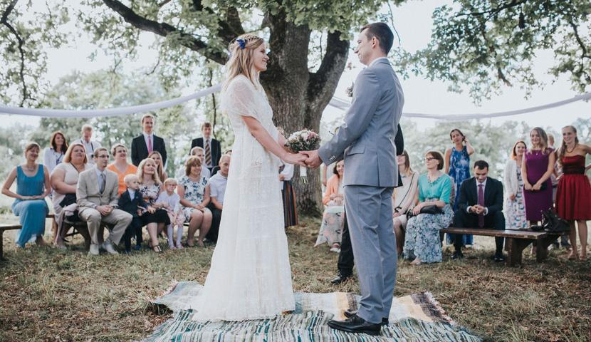 Laulatus Anija mõisa Inglise pargis