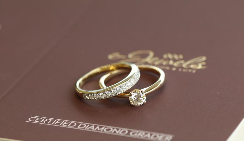 Briljantidega kihla- ja abielusõrmus naisele