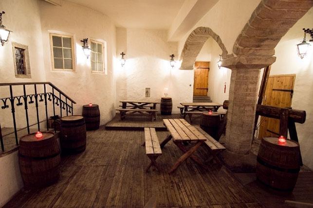 Mustpeade maja keskaegne Siseõu